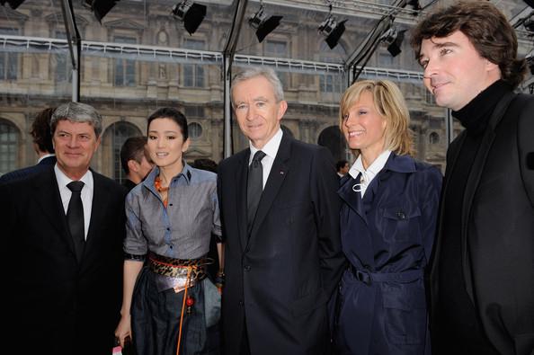 Bernard+Arnault+Yves+Carcelle+Louis+Vuitton+nx_evijYPfzl