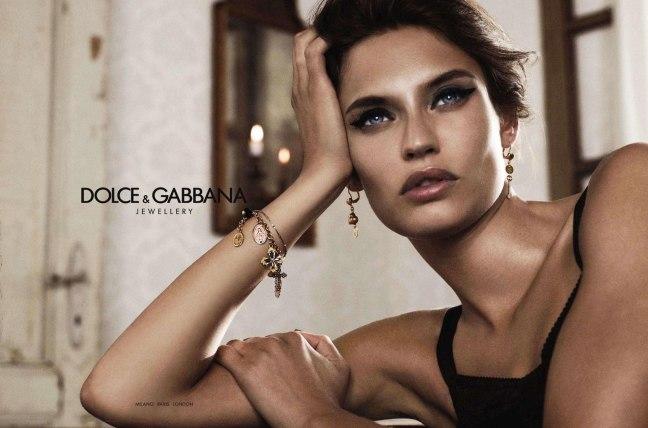 Bianca-Balti-by-Giampaolo-Sgura-DolceGabbana-Jewelry-DesignSceneNet-01