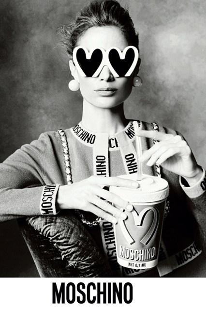 Moschino-14-Vogue-9Jun14-pr_b_426x639