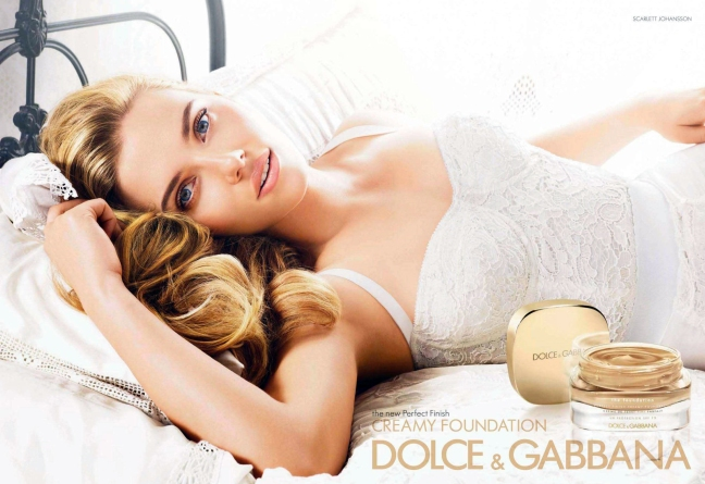 dolce-gabbana-creamy-foundation-2011-scarlett-johansson-by-mario-testino